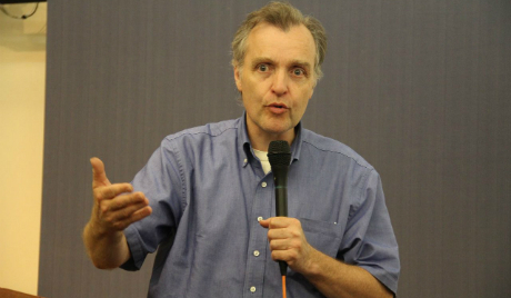 Cam Gordon addresses the annual convention of the Green Party of the United States in Iowa City, Iowa. (Photo:Carmen Russell-Sluchansky)